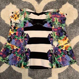 Jessica Simpson L peplum strapless top
